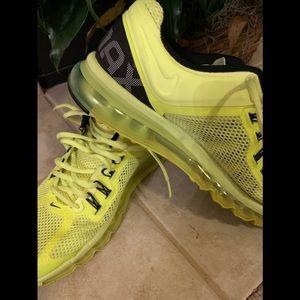 Mens Nike Air Max 2013 Trainers Neon Green